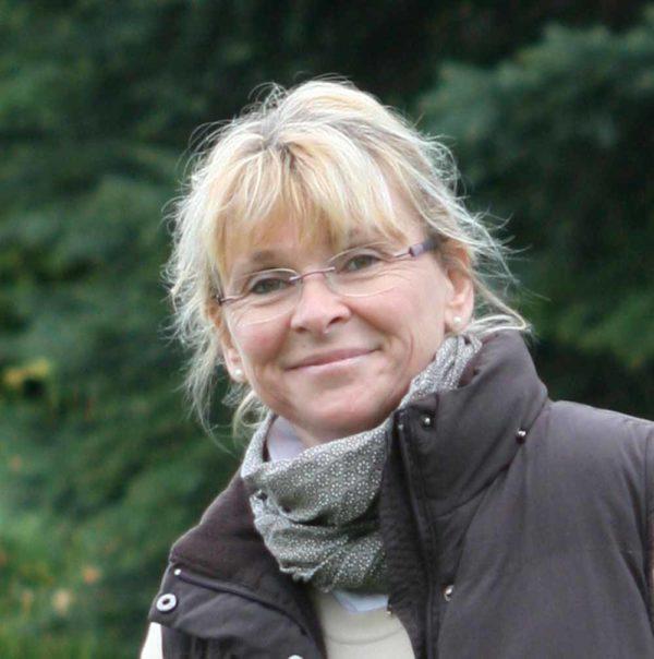 Hemerocallis / Taglilie 'Bettina Böhnke' 3